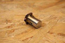 画像2: PK7 リアブレーキアームピン チタン 焼き色 [1.2.3型シグナスX・1型BW'S125] (2)
