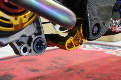 画像2: HYPER DESIGN カラーオーダー エンジンハンガー(標準長/1cmロング) [シグナスX・BW'S125]