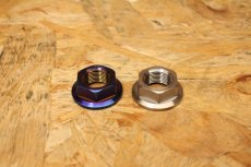 画像6: PK7 リアホイールアクスル ナット チタン 焼き色 1個 [シグナスX・BW'S125] (6)